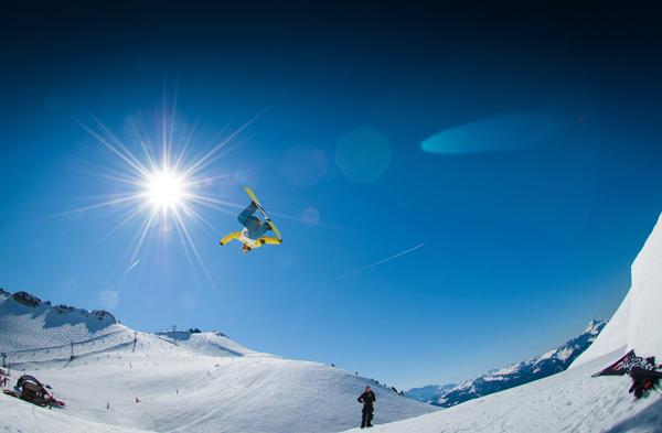 Snowboard Turn in den Zillertaler Alpen