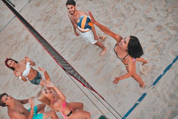 Beachvolleyball im Resort Aufenfeld